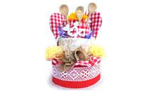 Dvoupatrový textilní kuchyňský dort